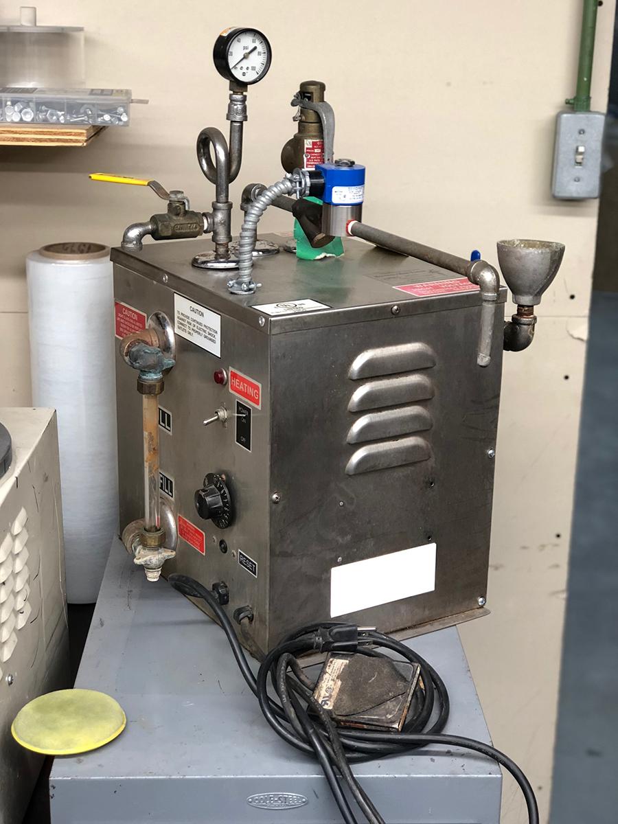 Hoffman 2-Gallon Steam Machine 110V (Refurbished)